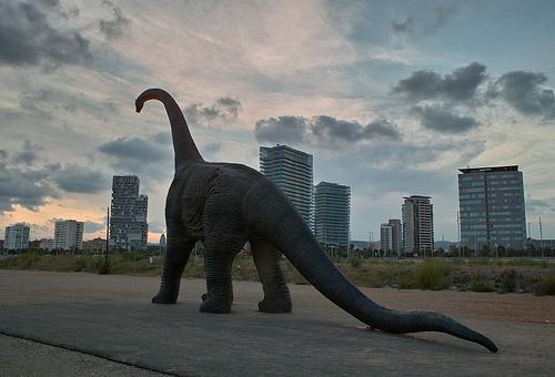 Al despertar, el dinosaurio seguía allí, por Almusaiti