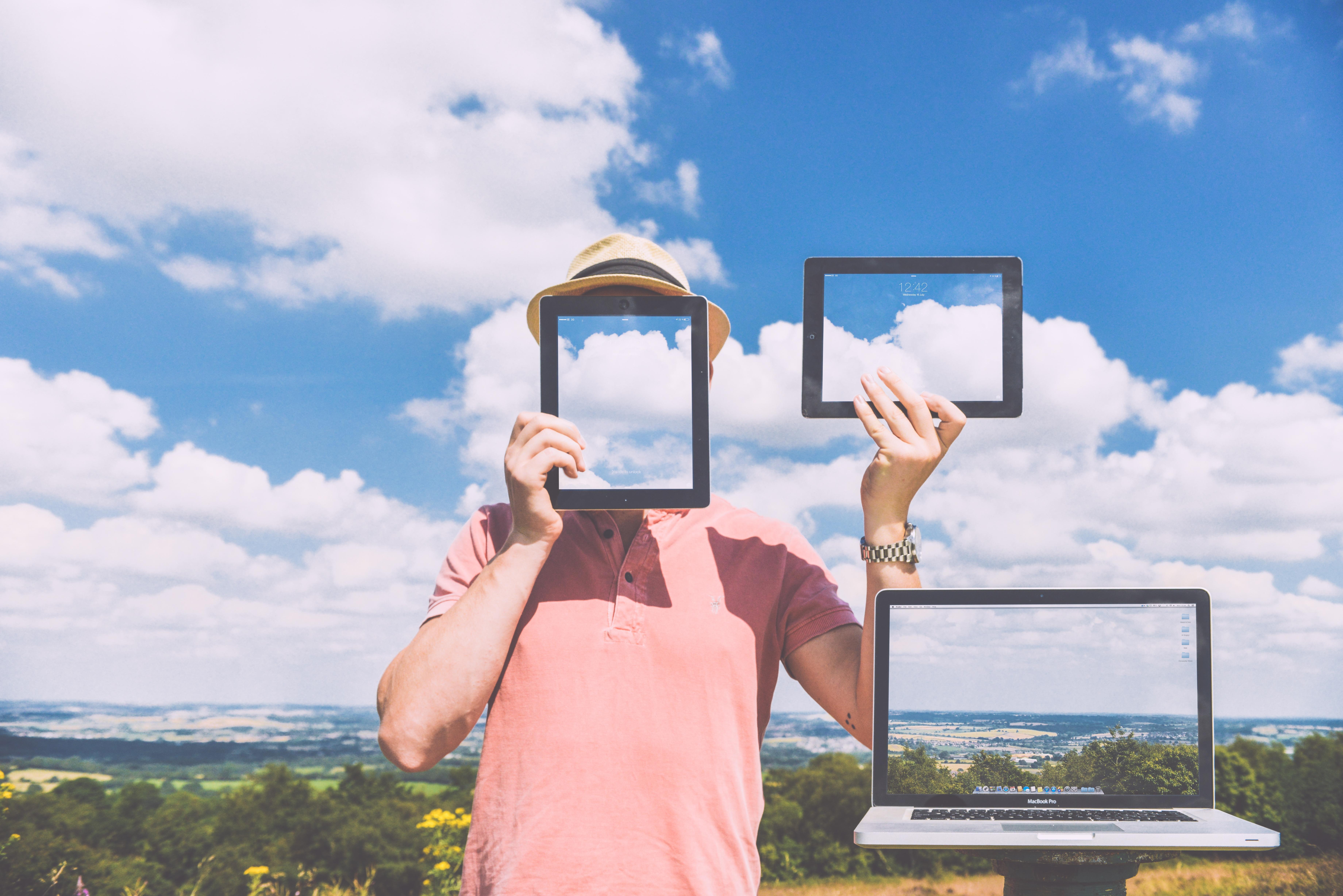 nature-laptop-outside-macbook.jpg